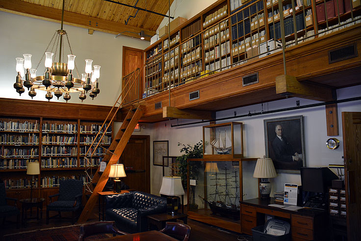 Library room in the North Carolina Maritime Museum