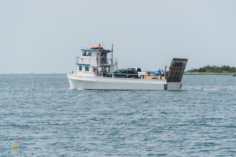 A ferry travels from Cedar Island to Cape Lookout