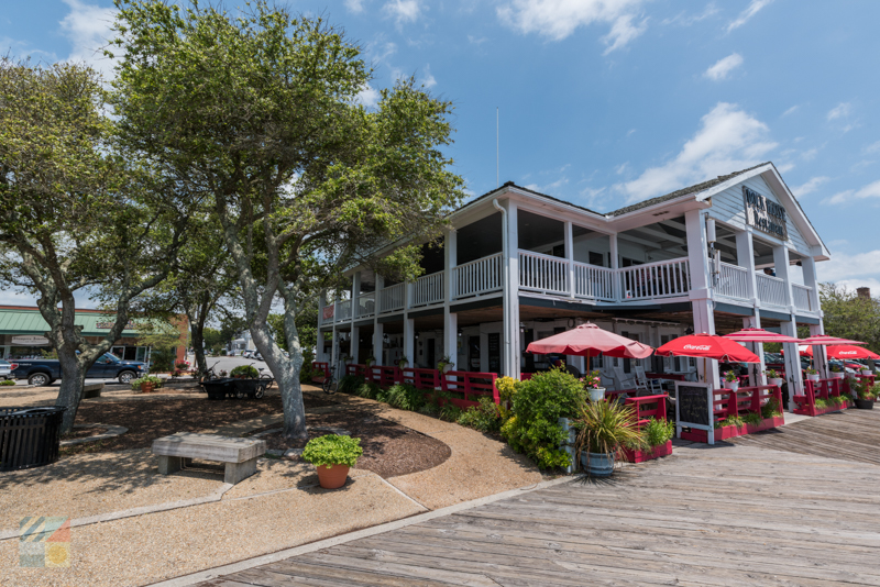 Downtown Beaufort waterfront dining